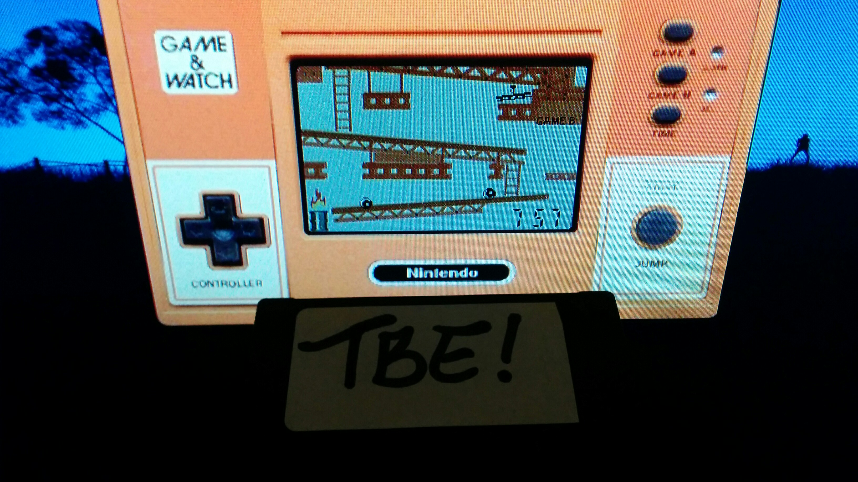 Sixx: Game and Watch: Donkey Kong [Game B] (Dedicated Handheld Emulated) 757 points on 2015-01-17 18:51:19