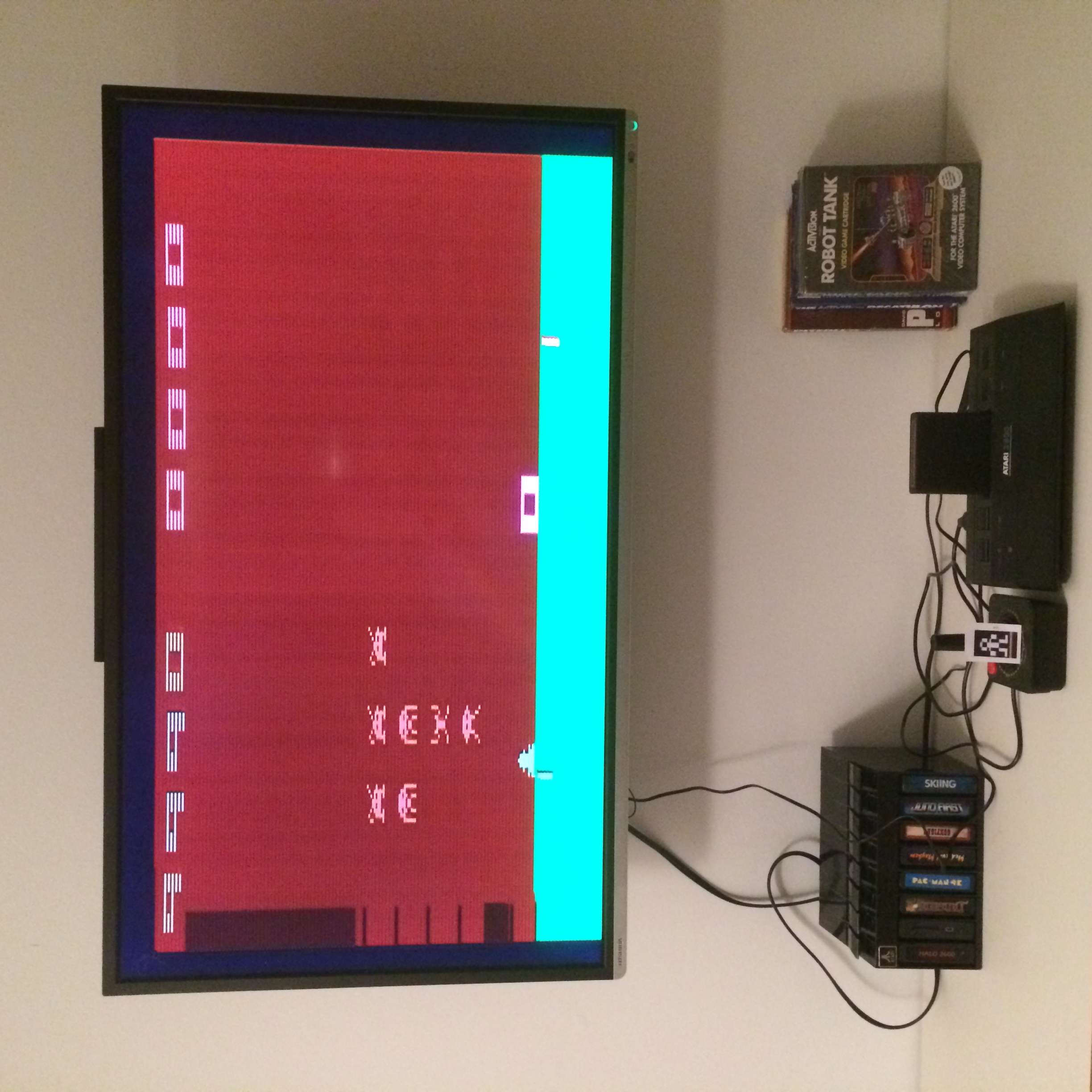 LLe: Space Invaders (Atari 2600 Novice/B) 9,990 points on 2015-01-29 13:30:26