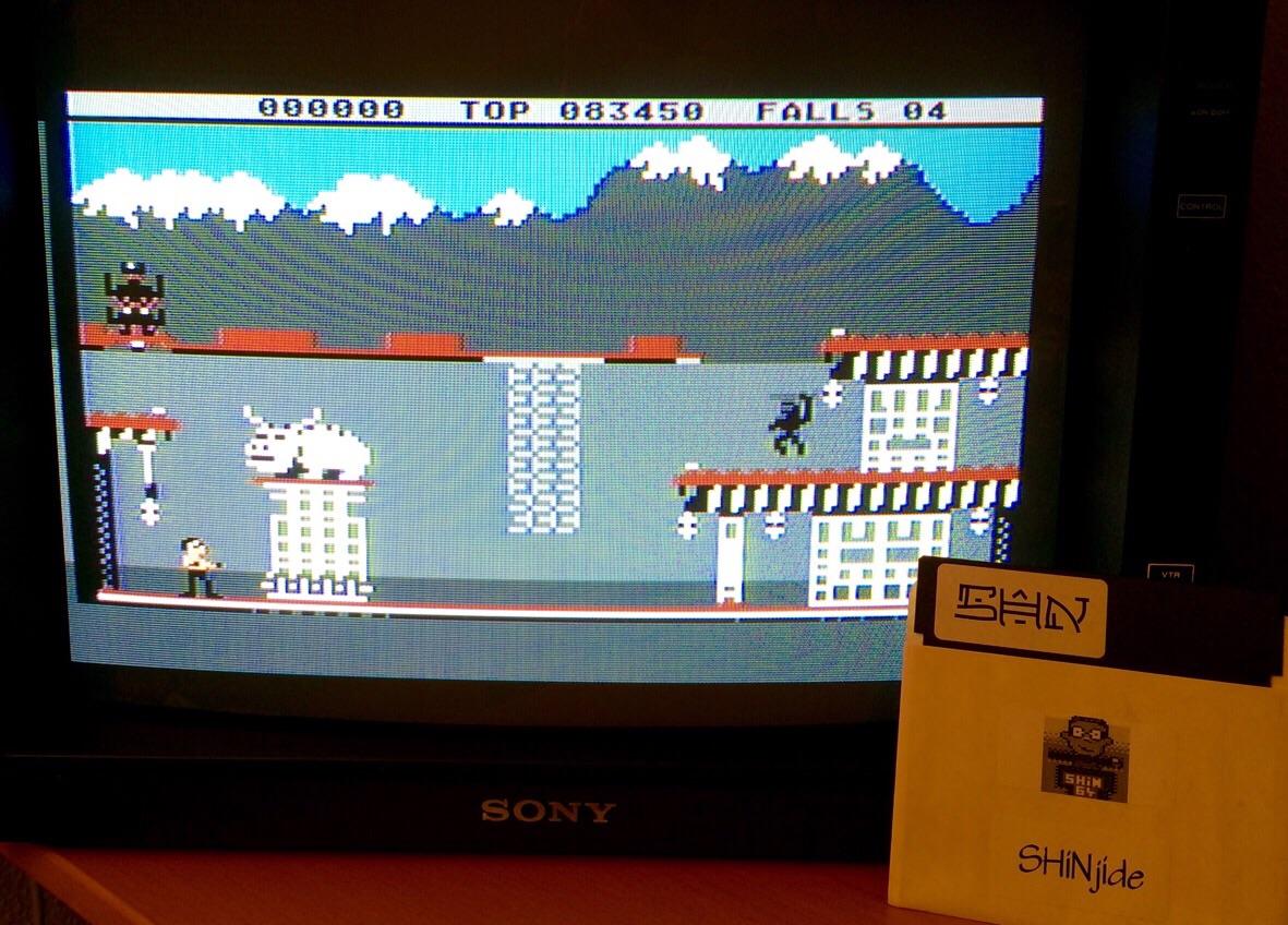 SHiNjide: Bruce Lee (Atari 400/800/XL/XE) 83,450 points on 2015-04-09 14:52:48
