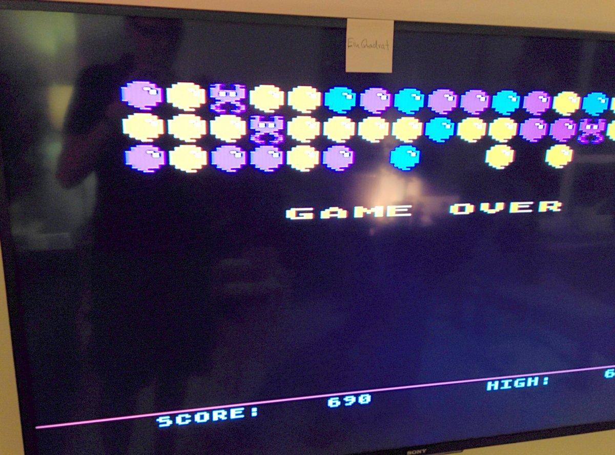 einquadrat: Pinhead (Atari 400/800/XL/XE) 690 points on 2015-05-14 06:18:36