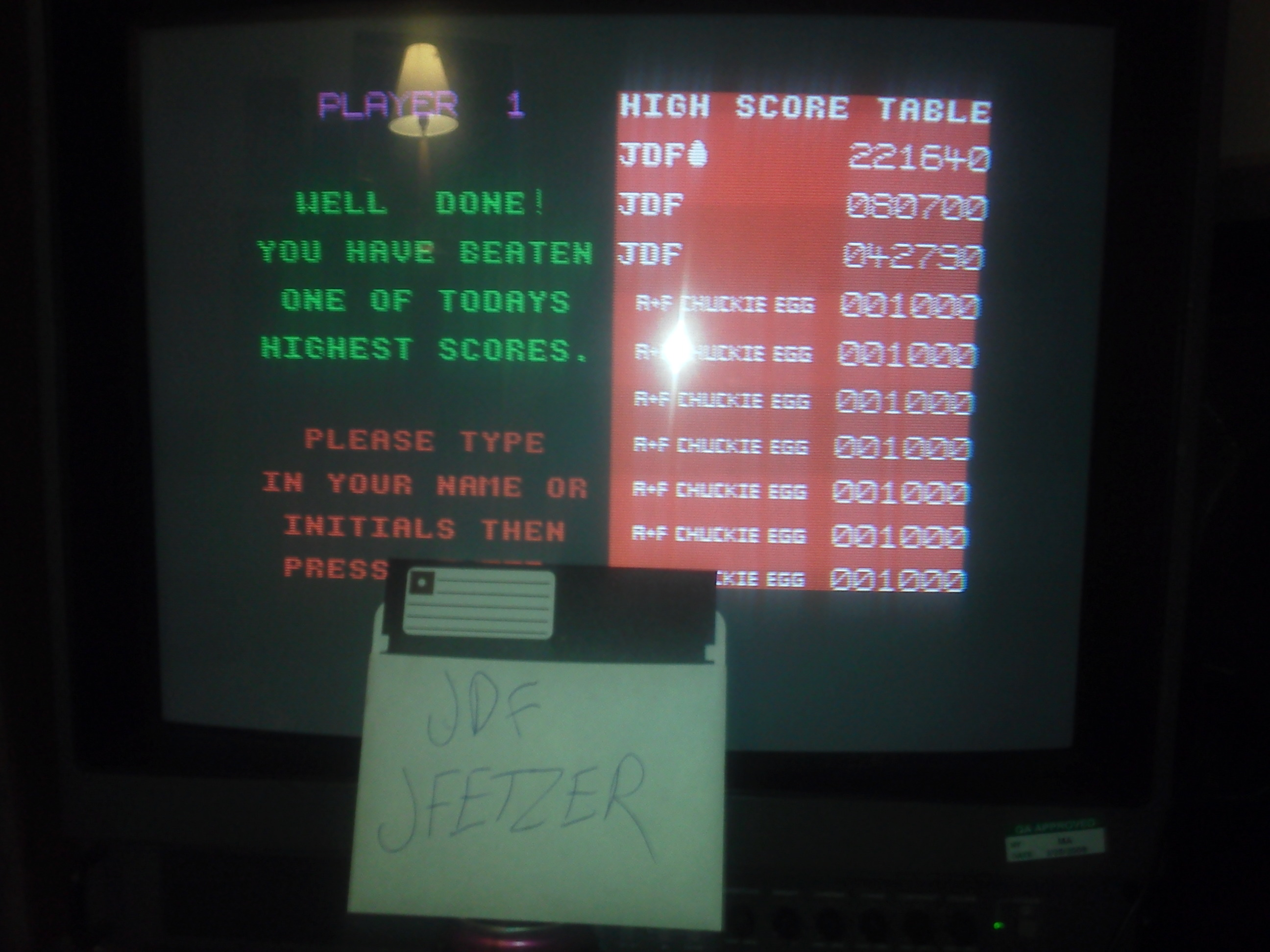 jfetzer: Chuckie Egg (ZX Spectrum) 221,640 points on 2015-05-15 21:31:09