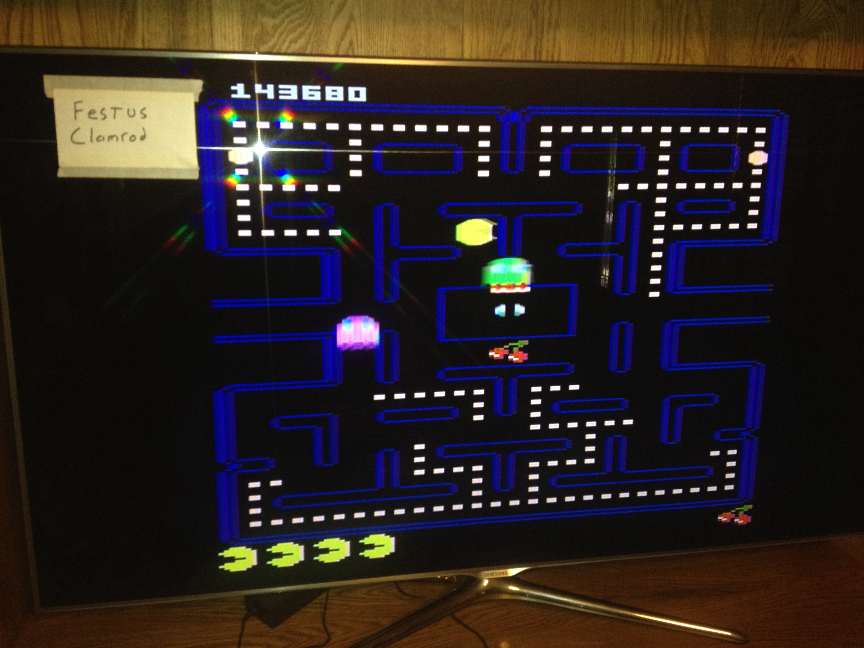 festusclamrod: Pac-Man Collection: Pac-Man [Apple One/Plus Off/Fast On] (Atari 7800) 143,680 points on 2015-06-15 12:45:37