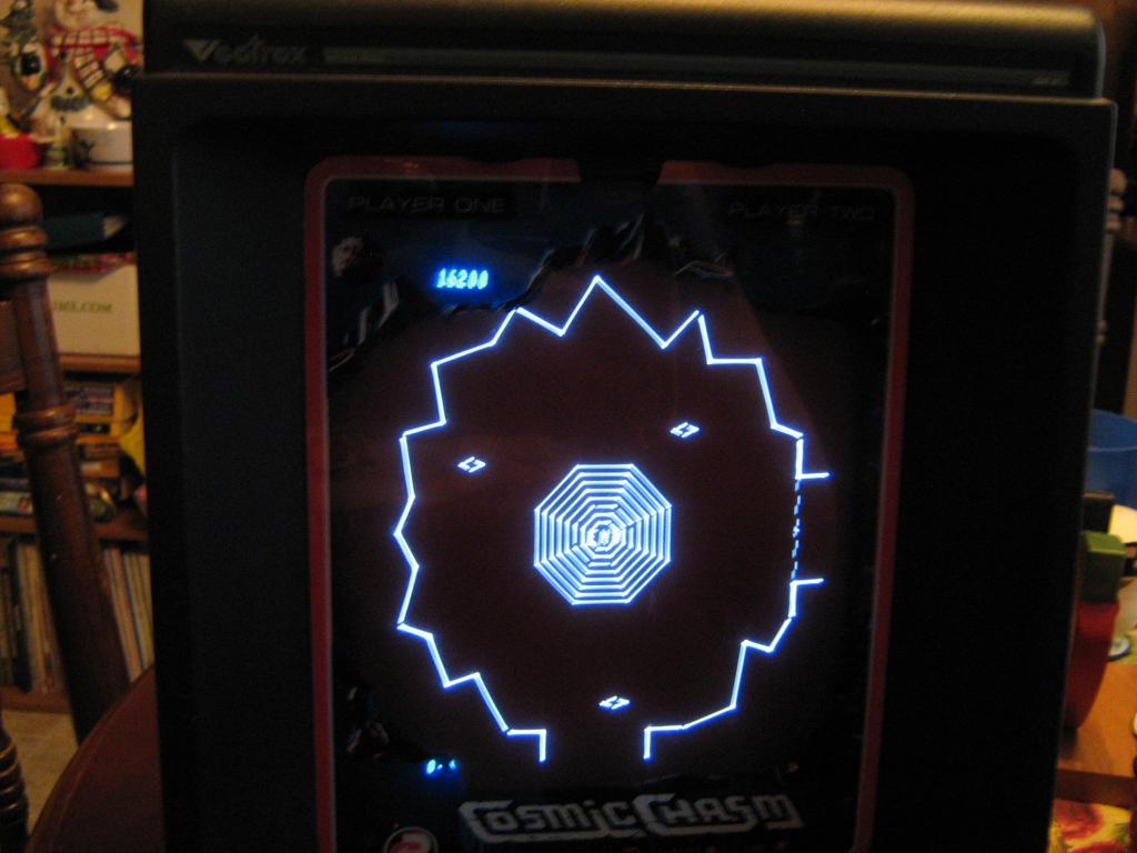 arenafoot: Cosmic Chasm (Vectrex) 16,200 points on 2014-01-21 21:00:06
