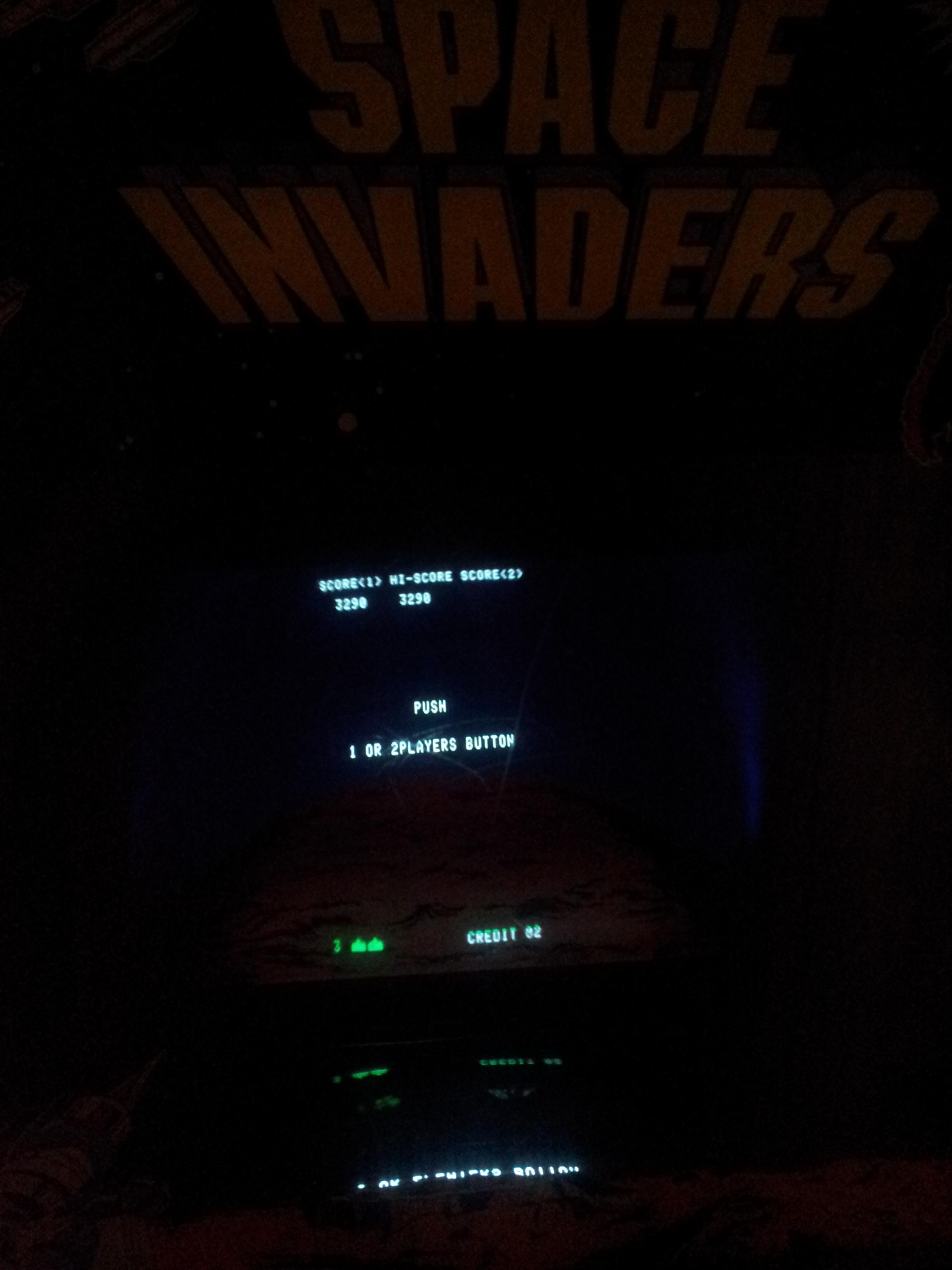 Space Invaders 3,290 points
