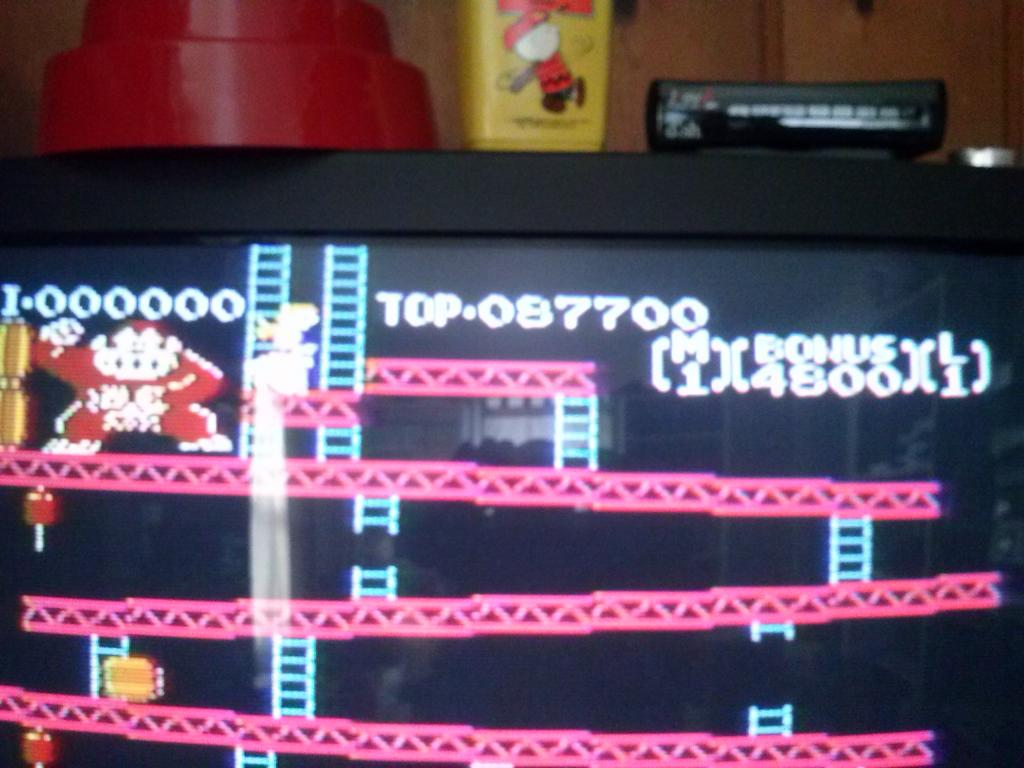 Donkey Kong 87,700 points