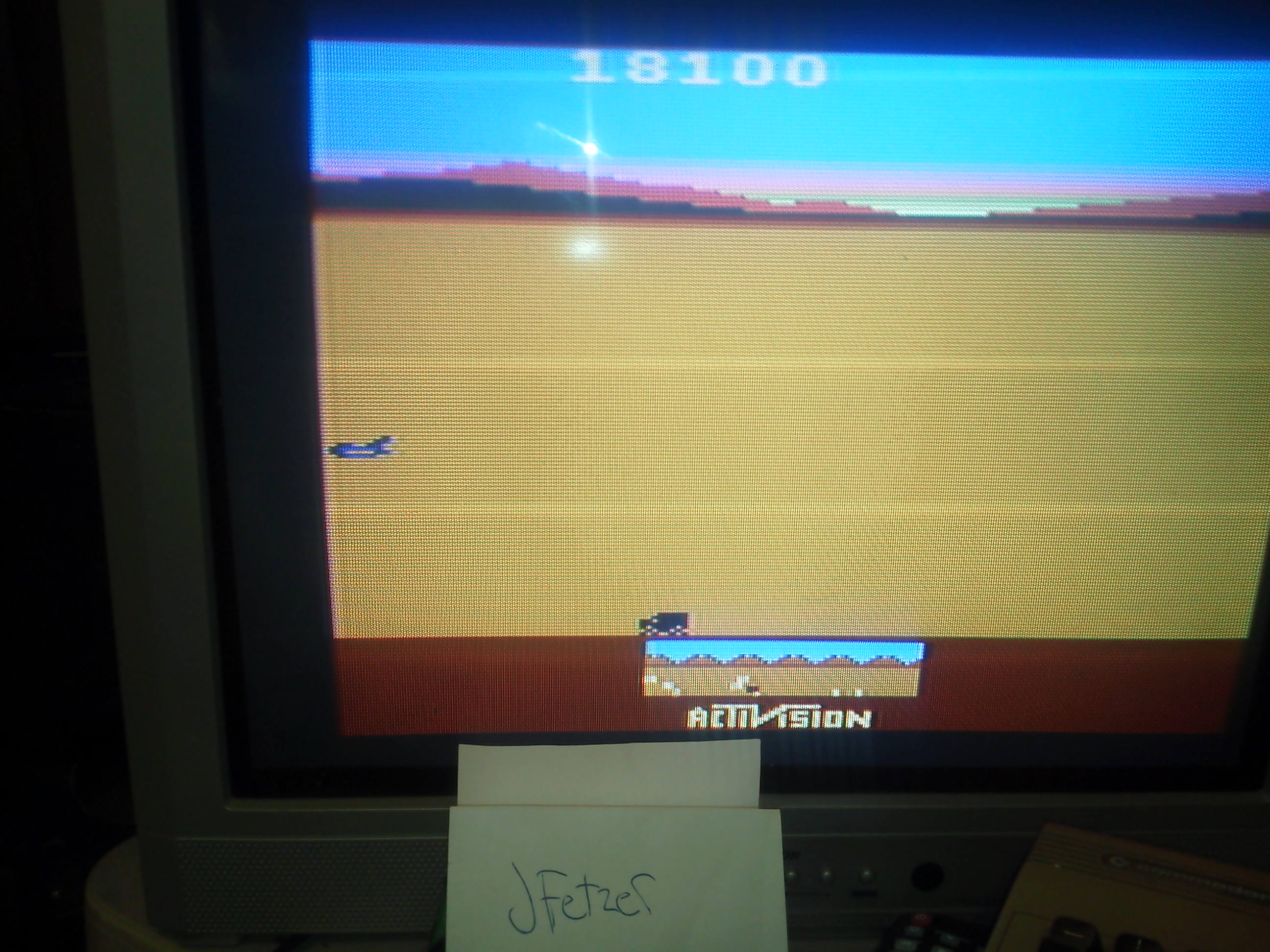jfetzer: Chopper Command (Atari 2600 Novice/B) 18,100 points on 2014-04-05 19:50:38