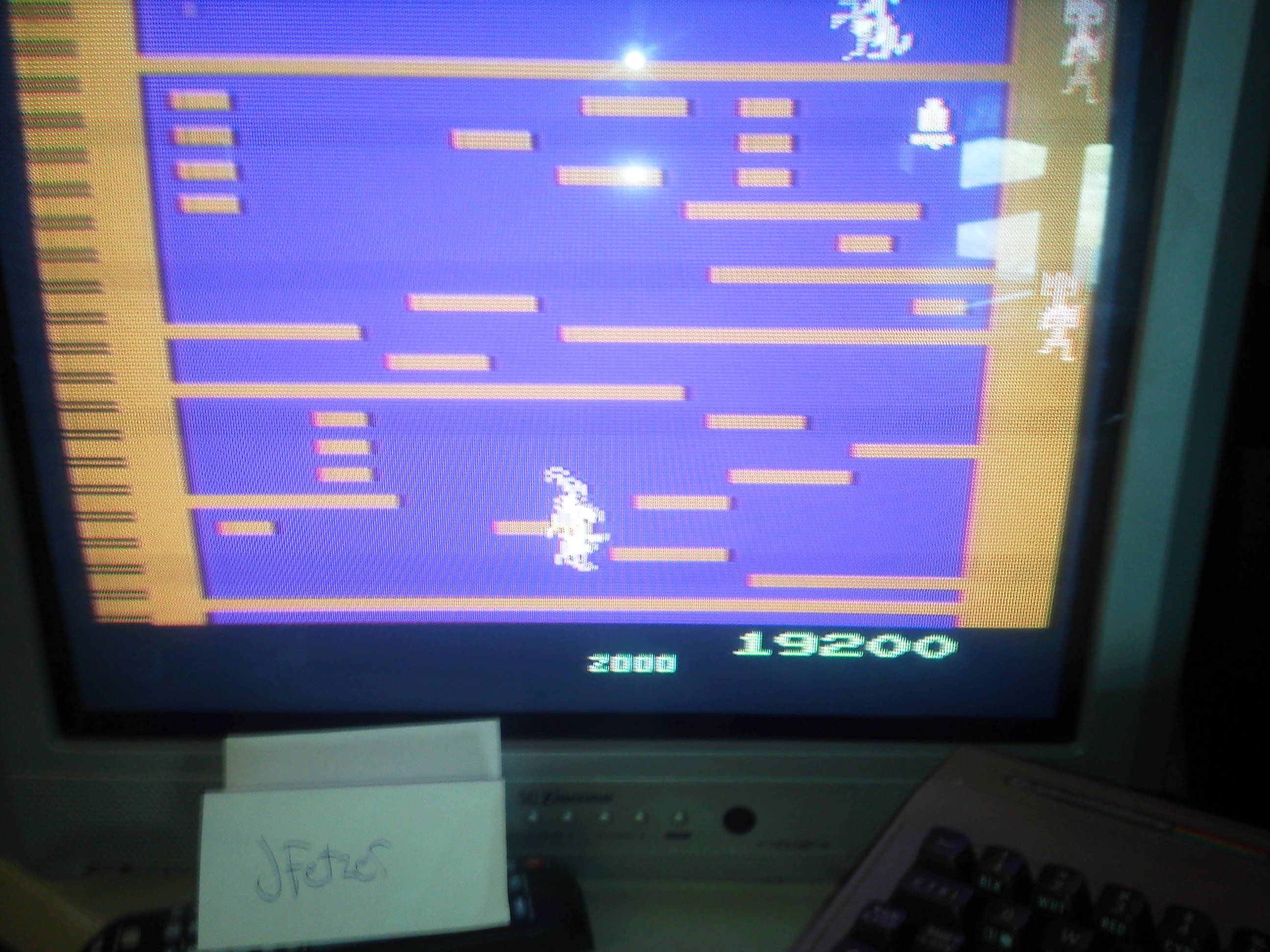 jfetzer: Kangaroo (Atari 2600) 19,200 points on 2014-04-08 15:50:29