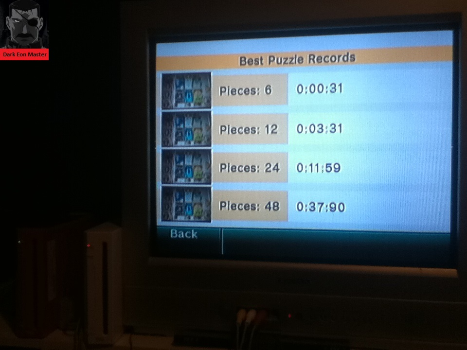 DarkEonMaster: Wii Photo Channel: Fun!: Puzzle [Pieces: 6] (Wii) 0:00:00.31 points on 2014-04-30 23:20:06