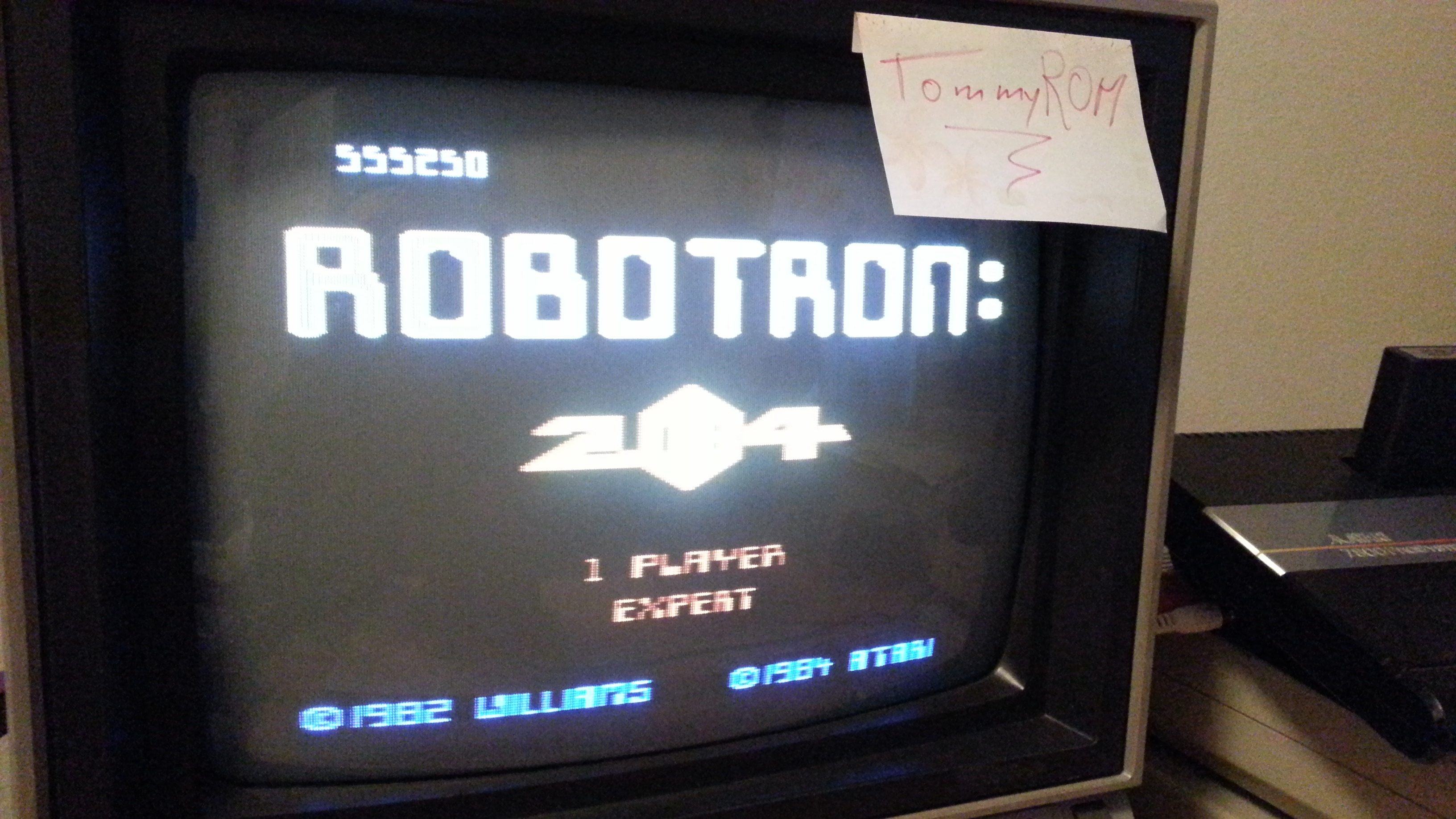 Robotron 2084: Expert 555,250 points