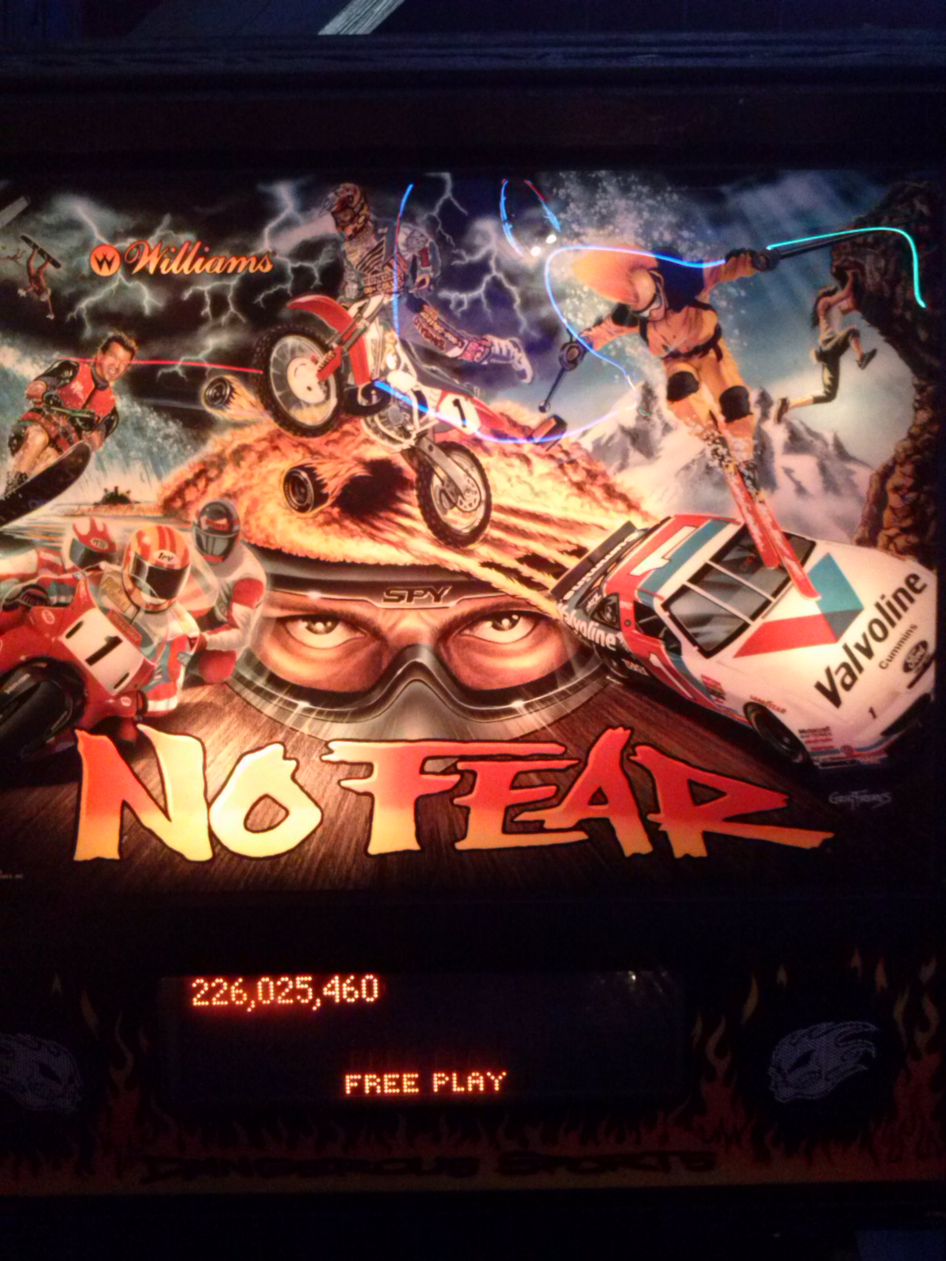 nester: No Fear: Dangerous Sports (Pinball: 3 Balls) 226,025,460 points on 2014-05-25 00:56:48