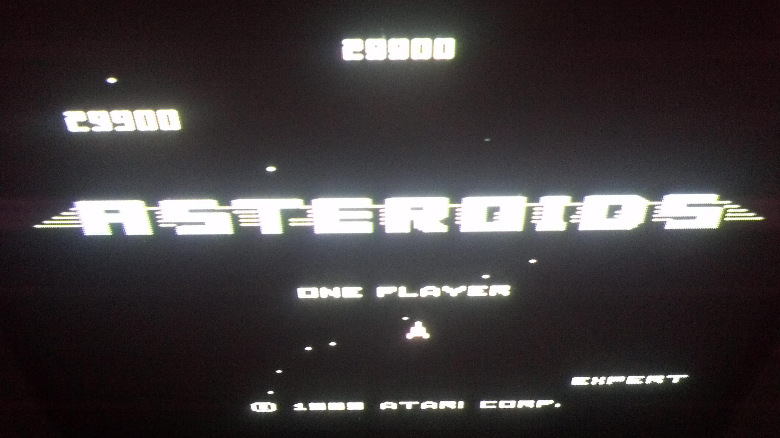 Liduario: Asteroids: Expert (Atari 7800) 29,900 points on 2014-05-27 19:32:09