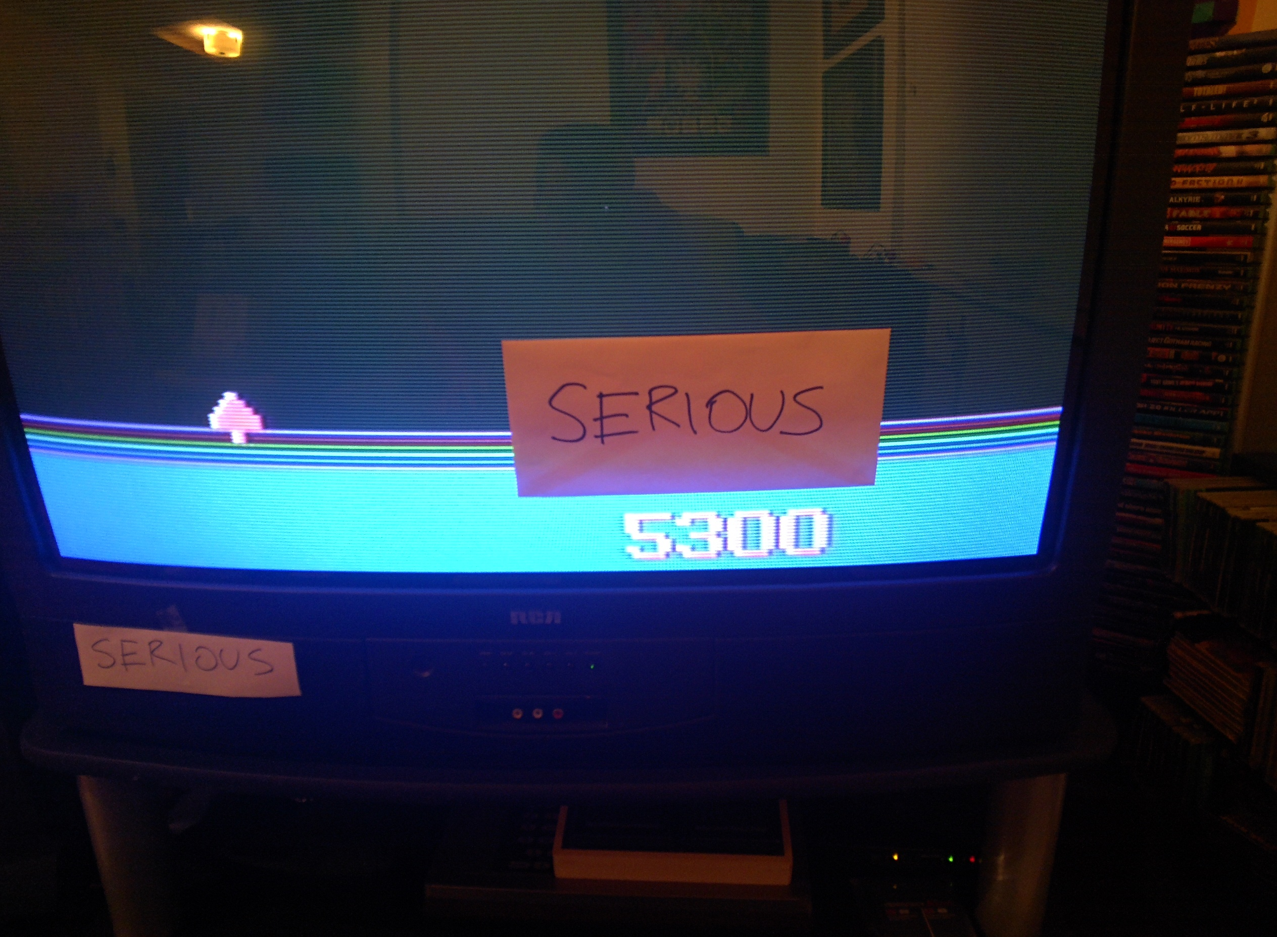 Serious: Demon Attack (Odyssey 2 / Videopac) 5,300 points on 2014-05-31 18:18:05