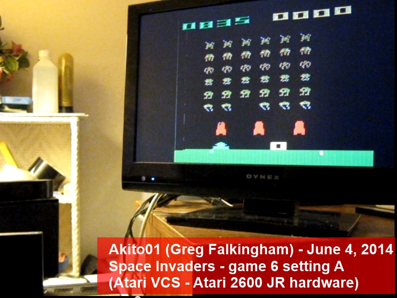 Space Invaders: Game 6 835 points
